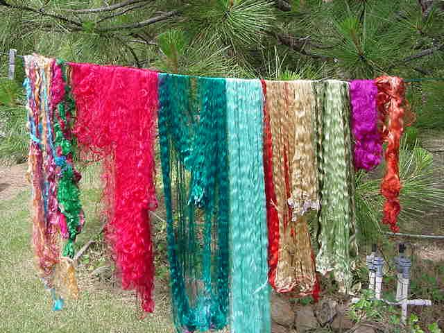 Sari Silk Waste 4 oz
